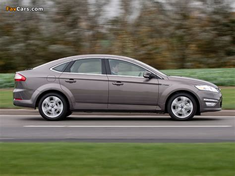 Car Wallpaper 640x480 by Ford Mondeo Hatchback Uk Spec 2010 13 Wallpapers 640x480