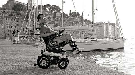 fauteuil roulant manuel et electrique services plus