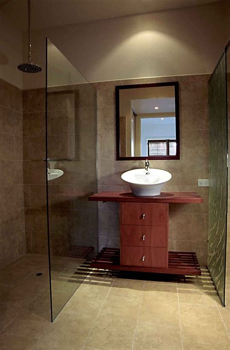 Small Ensuite Bathroom Ideas by 80 Best Small Ensuite Images On Bathroom Half