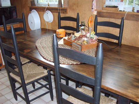amish table and chairs farmhouse prims amish made kitchen table and chairs