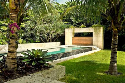 tropical backyard design ideas modern tropical landscape design backyard design ideas