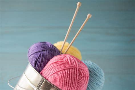 best knitting needles what are the best knitting needles for beginners