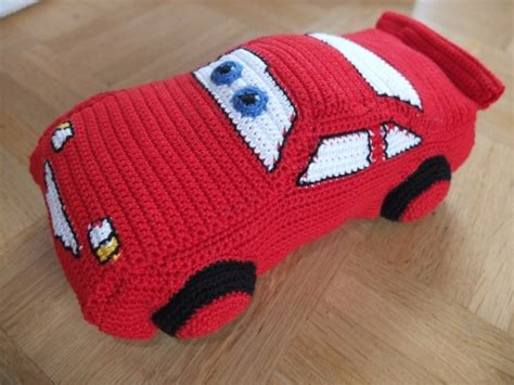 knitted car pattern 1000 images about crochet lightning mcqueen car on