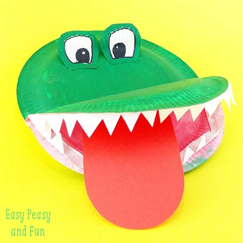 and craft for crocodile paper plate craft easy peasy and