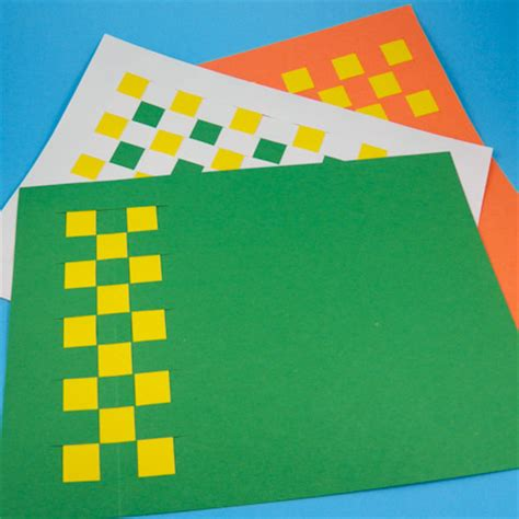craft paper placemats how to weave paper place mats friday craft projects