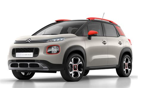 Citroen Suv by The New Citroen C3 Aircross Suv Takes A Bow
