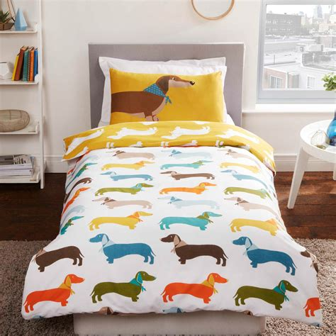 juegos en la cama para adultos salchichas perro juego funda edred 243 n ropa de cama para
