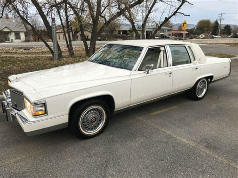 1992 Cadillac Brougham For Sale by 1992 Cadillac Brougham D Elegance Sedan 4 Door 5 0l For