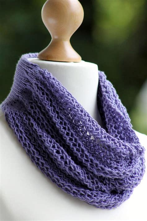 all free knitting cowls gorgeous grape knit cowl allfreeknitting