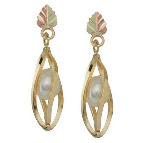 black gold earrings 10k black gold earrings with pearl blackhillsgold