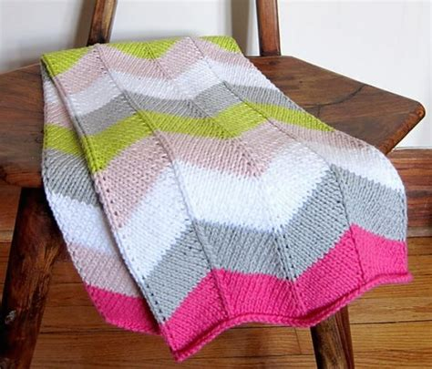 zigzag knitting pattern blanket zig zag knitted blanket pattern