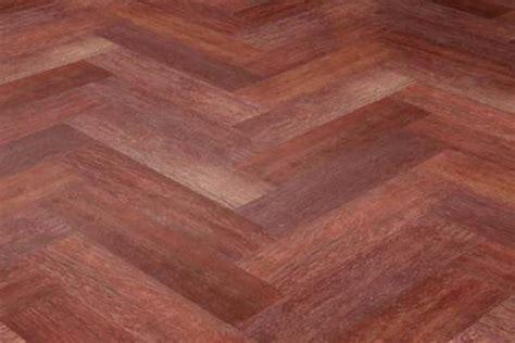 Carpet That Looks Like Wood Planks by Ceramic Tile Looks Like Wood Floor Home Round