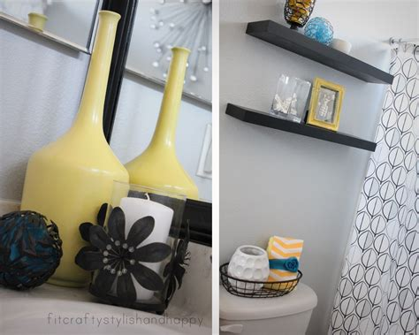 Black White And Yellow Bathroom-grasscloth Wallpaper