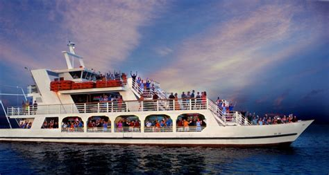 Yacht Rock Boat Cruise by Tattoo Party Boat Sunny Beach Life
