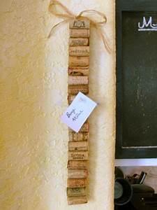 Ideen Für Pinnwand : korkzapfen pinnwand n tzliche dinge f r zu hause pinterest korken bastelideen und weinkorken ~ Markanthonyermac.com Haus und Dekorationen