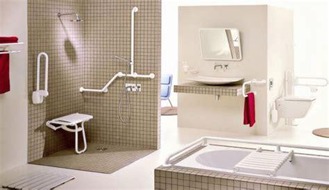 une salle de bains accessible 224 tous personnes 226 g 233 es handicap 233 s c 244 t 233 maison