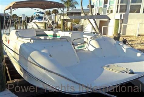Rinker Boats Any Good by 1995 Rinker Flotilla 24 Boats Yachts For Sale
