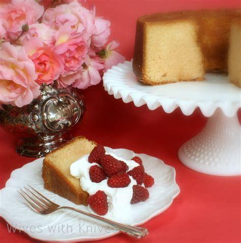 harvey wallbanger cake harvey wallbanger cake with knives