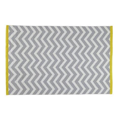 tapis 224 poils courts en coton gris 140 x 200 cm wave maisons du monde