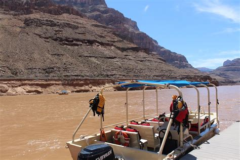 Grand Canyon Pontoon Boat Tours grand canyon bus helicopter boat tour canyontours