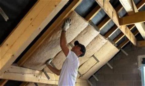 isolation du grenier par la sous toiture syst 232 me d maisonbrico