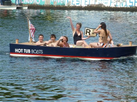Hot Tub Boat Rental Seattle by Hot Tub Boats