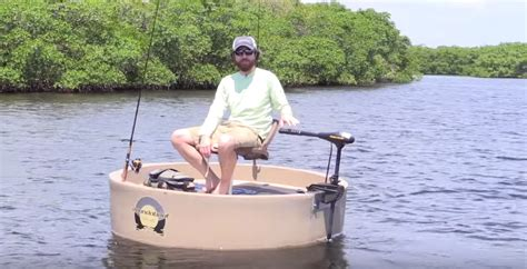 1 Man Fishing Boat by Roundabout Boat Quot The One Man Round Boat Quot Video Review
