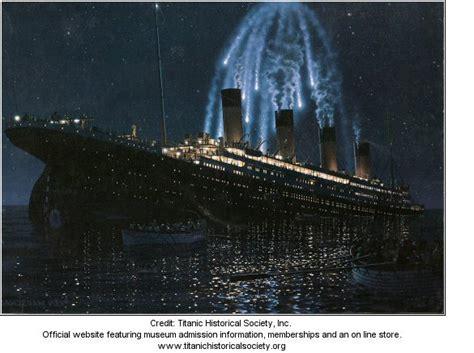 replica rms titanic 1st class passenger towel and robe