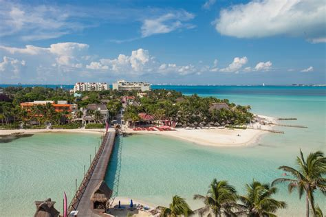Isla Mujeres By Catamaran by Chichen Itza Xenses Isla Mujeres Things To Do In Cancun