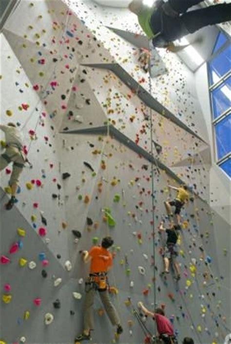 escalade cours et stages trouvez votre partenaire de grimpe