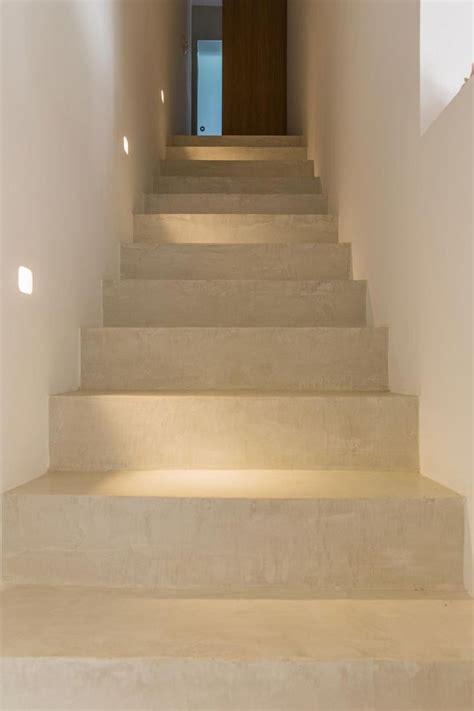 sup 233 rieur revetement escalier beton interieur 3 17 meilleures id233es 224 propos de escalier