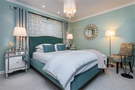 35+ Master Bedrooms With Chandelier Lighting (photos
