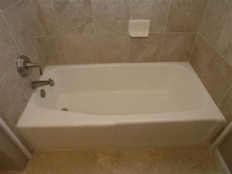 bathtub refinishing dallas 214 432 2717