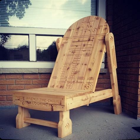 wooden skull lawn chair
