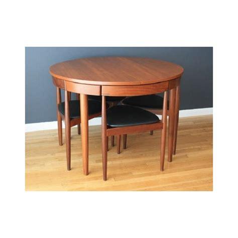 table avec chaises integrees conceptions de maison blanzza
