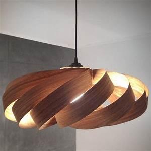 Deckenlampe Aus Holz : deckenlampe wohnzimmer holz interior design und designerm bel ~ Markanthonyermac.com Haus und Dekorationen