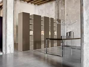 Bücherregale Mit Türen : kostbaren b cherregal mit t ren f r luxus hotels idfdesign ~ Markanthonyermac.com Haus und Dekorationen