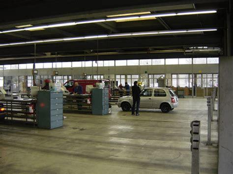 les bureaux des automobiles font des b 233 n 233 fices alors qu