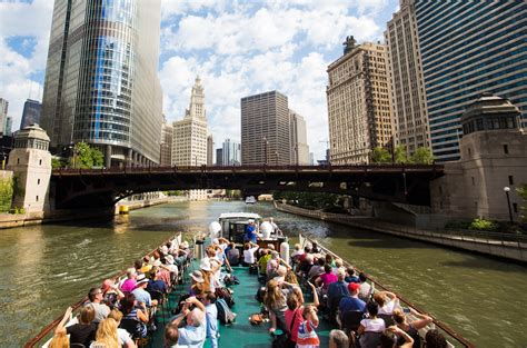 Architecture Boat Tour Chicago Trump Tower by Chicago Recibe 50 Millones De Turistas Negocios Now