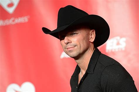 Kenny Chesney Speaks Out On Songs That 'objectify' Women