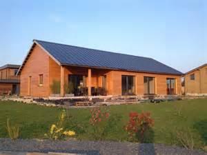 maison moderne ossature bois kit bardage bois couleur becokit maisons ossature bois