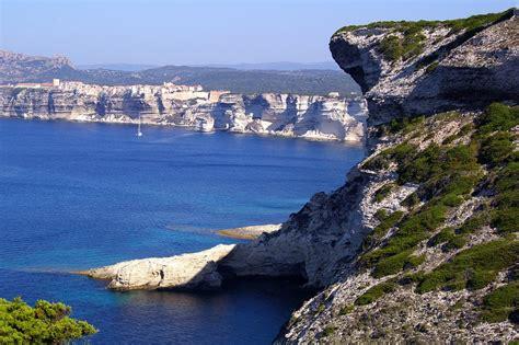 Excursion Catamaran Ile Lavezzi by Articles
