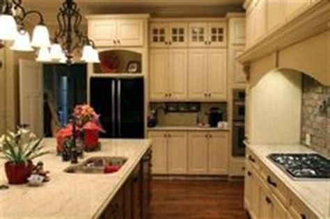 woodharbor cabinetry worthington door style painted