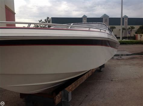 Used Fountain Boats by 2004 Used Fountain Fever 27 High Performance Boat For Sale