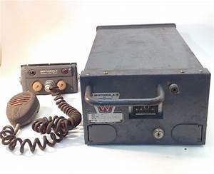 Vintage Motorola Twin V - Two Way Radio - Model: T41GGV-2A ...