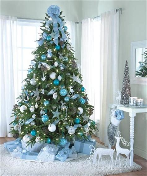 15 creative beautiful tree decorating ideas