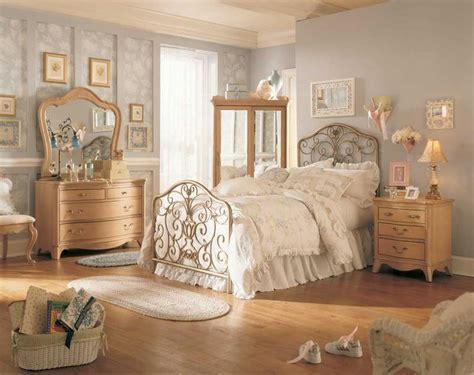25 best ideas about vintage bedroom decor on bedroom vintage vintage room and vintage