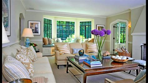 Small Living Room With Bay Window Decorating Ideas Living Room And Bedroom Sets 3 Apartments Vancouver Wa Wickes Fitted Furniture Decorating Bedrooms Painting For Cheap One Vintage Henredon Michael Amini