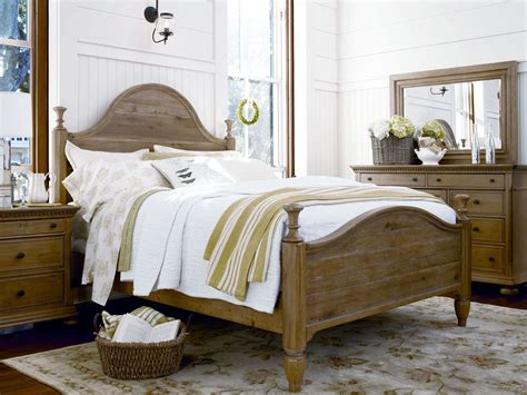 Down Home Oatmeal Bedroom Set From Paula Deen (b