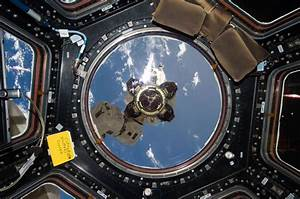 10 Awesome Images of the Space Station's Cupola - Universe ...